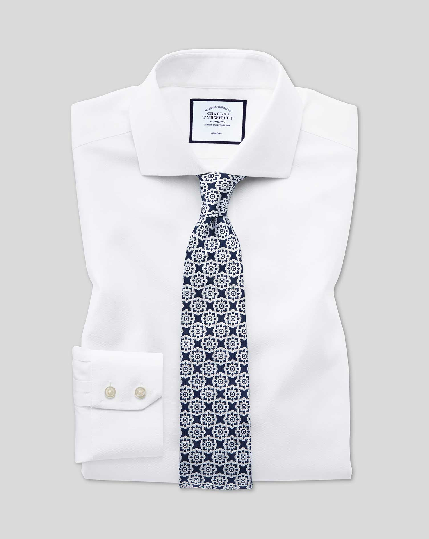 Classic Fit Non-Iron Cut-Away Collar White Oxford Stretch Cotton Formal Shirt Single Cuff Size 17.5/